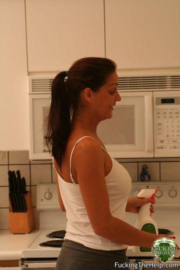 Хорошенькие домохозяйки рады потрахаться